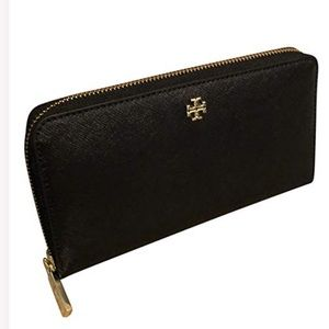 6955eab3bc1 Tory Burch Bags - Tory Burch Emerson Zip Around Continental Wallet